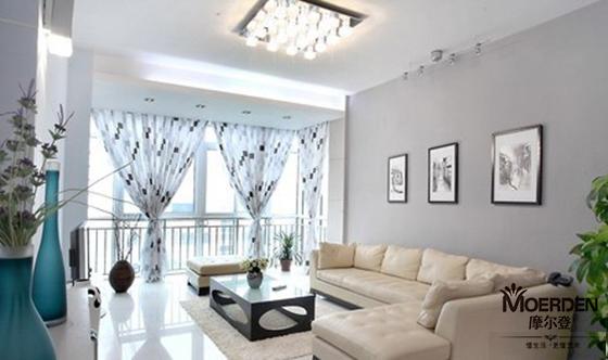 客厅窗帘与沙发搭配技巧